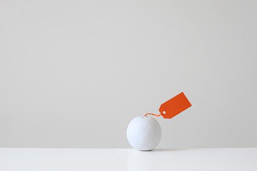 Imagination「White painted orange with orange tag」:スマホ壁紙(11)