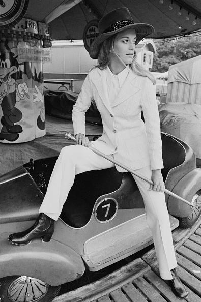 Pant Suit「Fashion, 1969」:写真・画像(1)[壁紙.com]