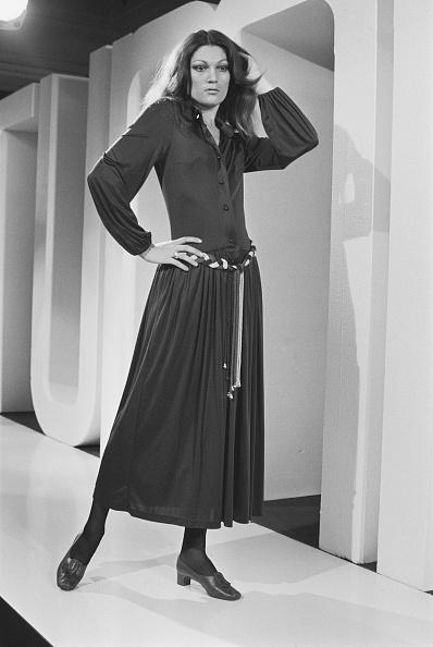 Belt「Medieval Style Midi Dress」:写真・画像(19)[壁紙.com]