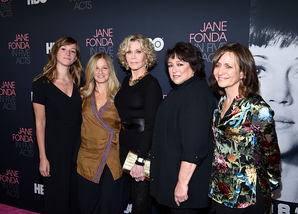 映画監督「Premiere Of HBO's 'Jane Fonda In Five Acts' - Arrivals」:写真・画像(15)[壁紙.com]