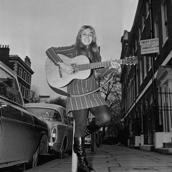 女性歌手「Carolyn Hester」:写真・画像(6)[壁紙.com]