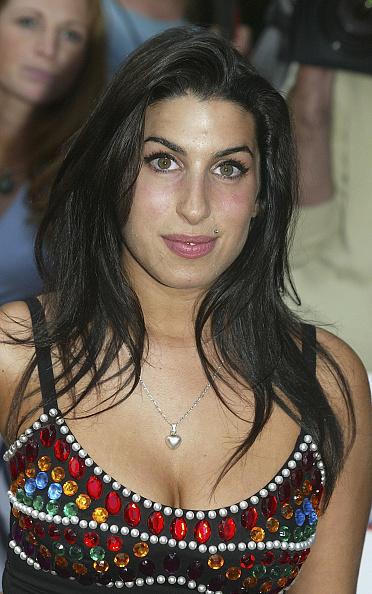 Amy Winehouse「Nationwide Mercury Music Prize - Arrivals」:写真・画像(8)[壁紙.com]