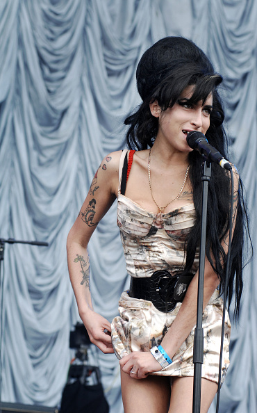 Amy Winehouse「Amy Winehouse」:写真・画像(16)[壁紙.com]