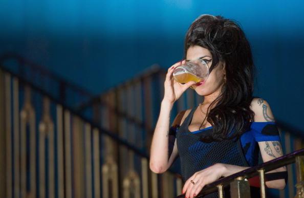 Amy Winehouse「The Libertines Perform At The Forum」:写真・画像(12)[壁紙.com]