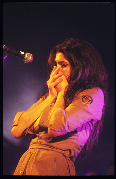 Amy Winehouse「Amy Winehouse」:写真・画像(5)[壁紙.com]