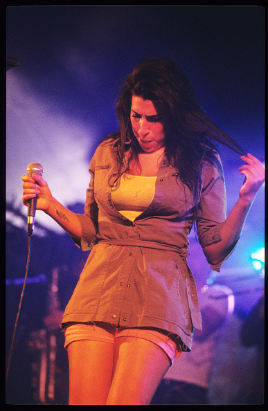 Amy Winehouse「Amy Winehouse」:写真・画像(0)[壁紙.com]