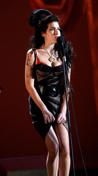 2008「Brit Awards 2008 - Show」:写真・画像(9)[壁紙.com]