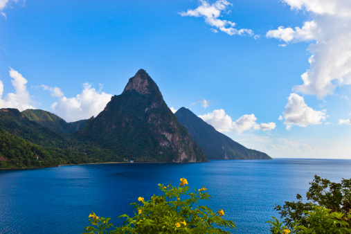 Petit Piton「View of Pitons, St. Lucia depicting mountains and the ocean」:スマホ壁紙(13)