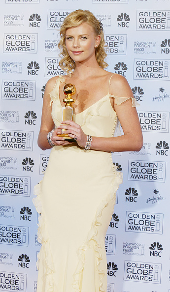 2004「61st Annual Golden Globe Awards - Pressroom」:写真・画像(11)[壁紙.com]