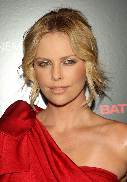 "Pencil Dress「The Cinema Society & Dior Beauty Host A Screening Of ""Battle In Seattle""」:写真・画像(6)[壁紙.com]"