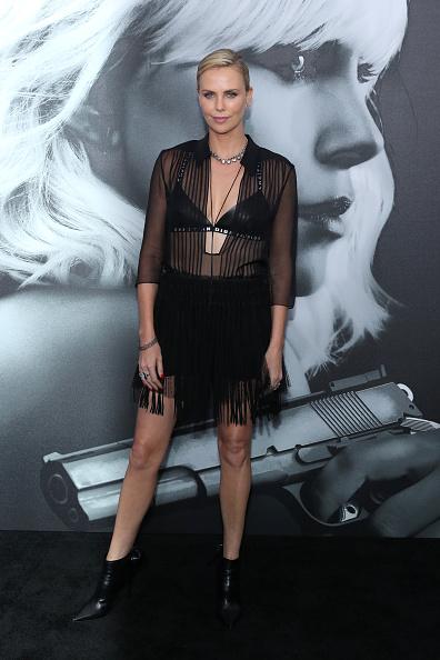 USA「Premiere Of Focus Features' 'Atomic Blonde' - Arrivals」:写真・画像(11)[壁紙.com]