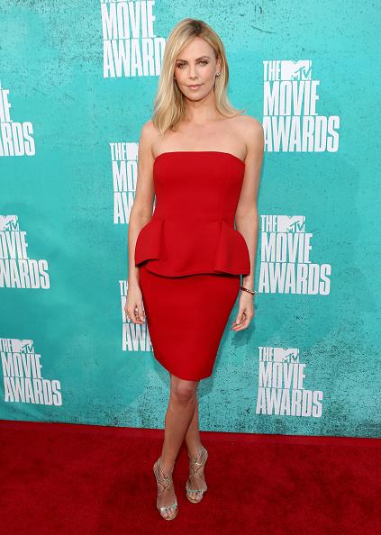 Peplum「2012 MTV Movie Awards - Red Carpet」:写真・画像(17)[壁紙.com]