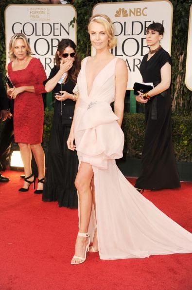 到着「69th Annual Golden Globe Awards - Arrivals」:写真・画像(16)[壁紙.com]