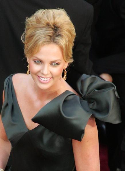 ドレス「The 78th Annual Academy Awards - Arrivals」:写真・画像(17)[壁紙.com]