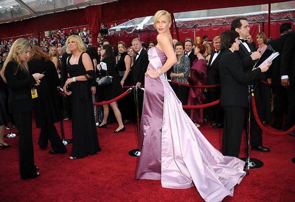 Two Tone - Color「82nd Annual Academy Awards - Arrivals」:写真・画像(13)[壁紙.com]