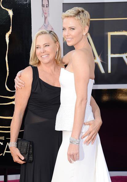 Mother「85th Annual Academy Awards - Arrivals」:写真・画像(12)[壁紙.com]
