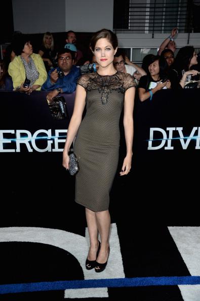"""Cap Sleeve「Premiere Of Summit Entertainment's """"Divergent"""" - Arrivals」:写真・画像(12)[壁紙.com]"""