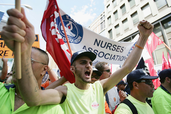 Human Arm「Nationwide Protests Over IR Changes」:写真・画像(15)[壁紙.com]