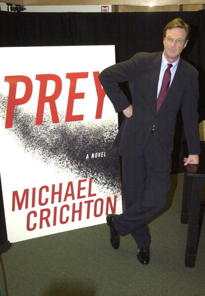 "Animals Hunting「Michael Crichton Signs ""Prey""」:写真・画像(6)[壁紙.com]"