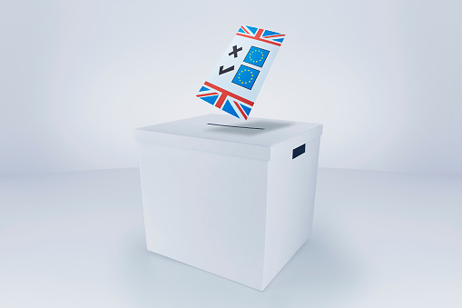 Voting Ballot「Britain Voting in or out Europe at the Ballot Box」:スマホ壁紙(12)
