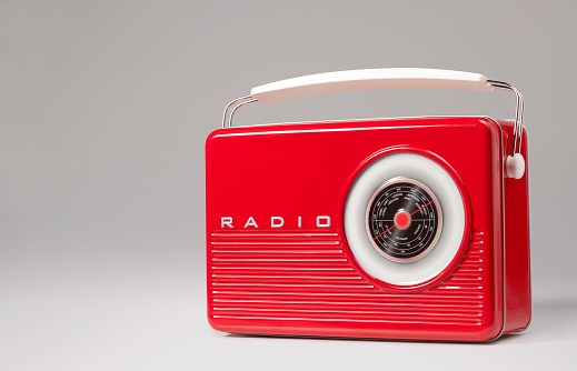 Dial「Vintage retro portable radio」:スマホ壁紙(10)