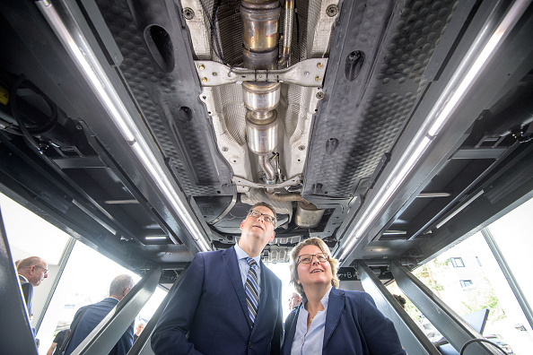 Chemical「Germany Wrestles With Diesel Emissions Reduction」:写真・画像(4)[壁紙.com]