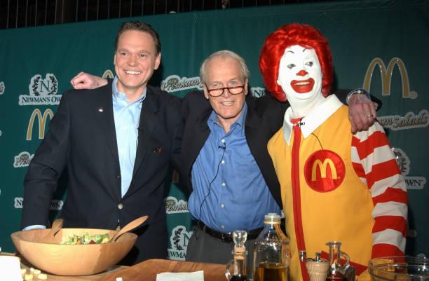 Actor Paul Newman Appears At McDonalds Salad Launch:ニュース(壁紙.com)