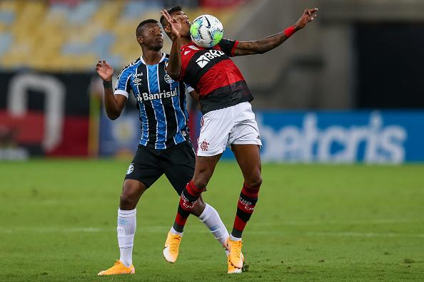 Campeonato Brasileiro Série A「2020 Brasileirao Series A: Flamengo v Gremio Play Behind Closed Doors Amidst the Coronavirus (COVID - 19) Pandemic」:写真・画像(18)[壁紙.com]