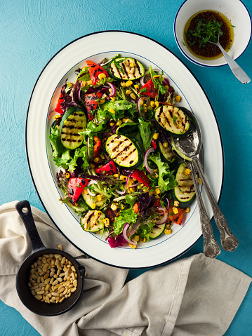 Pine Nut「Healthy Vegan summer BBQ salad」:スマホ壁紙(12)