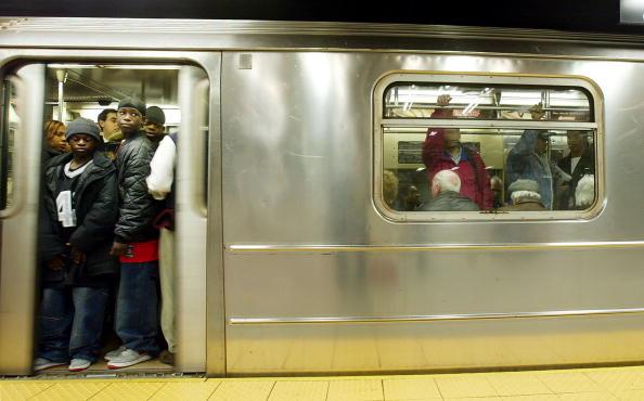 New York City Subway「MTA Celebrates New York Subway System's 100th Anniversary」:写真・画像(3)[壁紙.com]