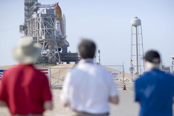 Hubble Space Telescope「NASA Prepares For Launch of Space Shuttle Atlantis」:写真・画像(1)[壁紙.com]