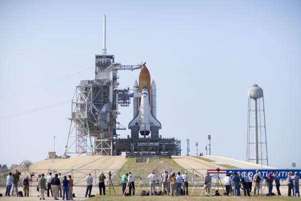 Hubble Space Telescope「NASA Prepares For Launch of Space Shuttle Atlantis」:写真・画像(6)[壁紙.com]