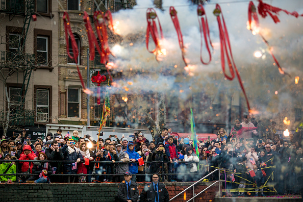 Ceremony「New York's Chinatown Marks First Day Of The Lunar New Year」:写真・画像(13)[壁紙.com]