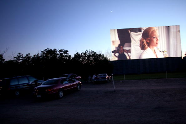 Film Industry「Nebraska's Last Drive-In Movie Theaters On The Brink Of Extinction」:写真・画像(16)[壁紙.com]