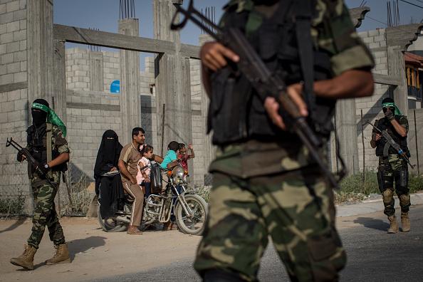 Gaza Strip「Electricity Cuts Deepen Gaza Crisis 10 Years After Israeli Blockade」:写真・画像(3)[壁紙.com]