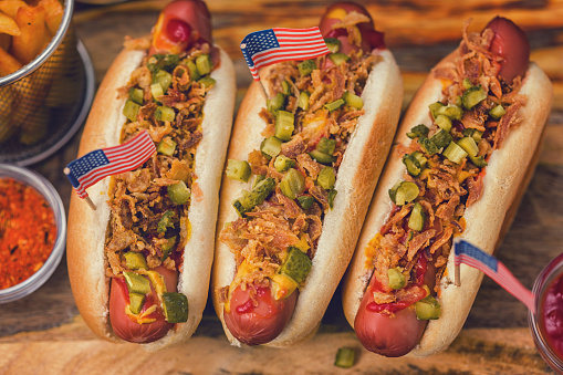 Fourth of July「Freshly grilled hot dogs with pickles and dried onions for the 4th of July」:スマホ壁紙(8)