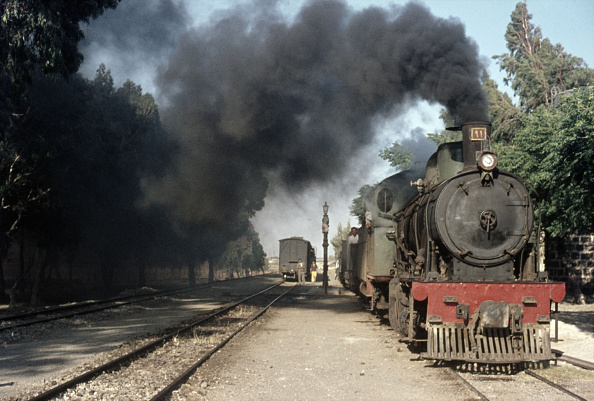 Journey「This picture was made during two footplate journeys Colin Garratt made along the Syrian Hedjaz Railway between Damascus and Deraa on the Jordanian border with Hartmann 2-8-0 No. 91 in July 1976.」:写真・画像(7)[壁紙.com]
