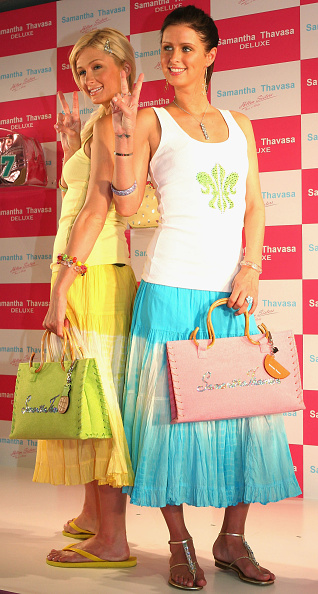 Flared Skirt「The Hilton Sisters Attend Store Opening In Tokyo」:写真・画像(0)[壁紙.com]