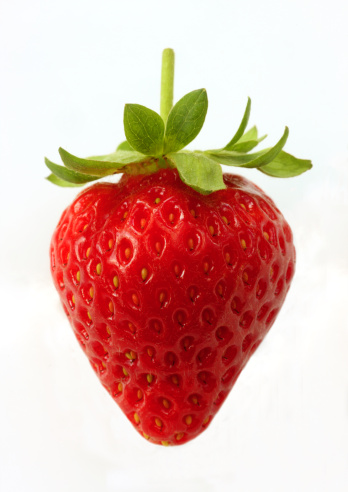 Strawberry「Ripe, organic strawberry on white background.」:スマホ壁紙(14)
