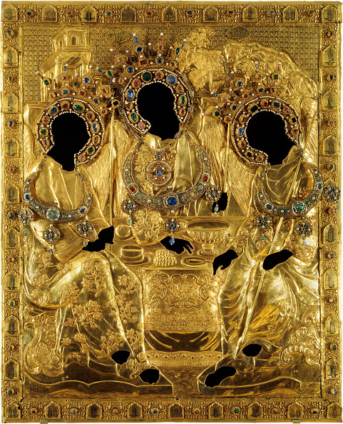 Religious Icon「Oklad Cover for the Holy Trinity icon by Andrei Rublev, 1600-1625. Artist: Ancient Russian Art」:写真・画像(2)[壁紙.com]