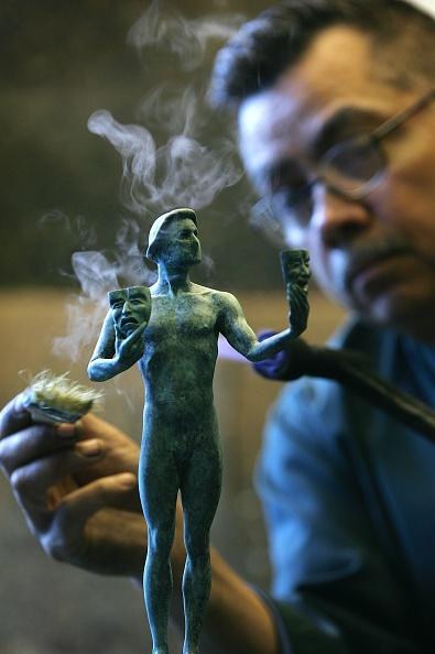 繊細「Pouring Of The SAG Awards Statuette」:写真・画像(13)[壁紙.com]