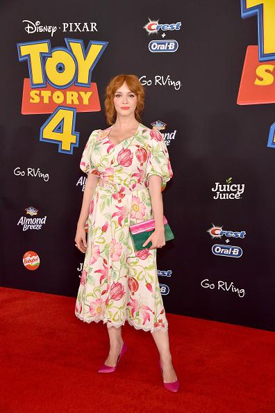 "Floral Pattern Dress「Premiere Of Disney And Pixar's ""Toy Story 4"" - Arrivals」:写真・画像(10)[壁紙.com]"