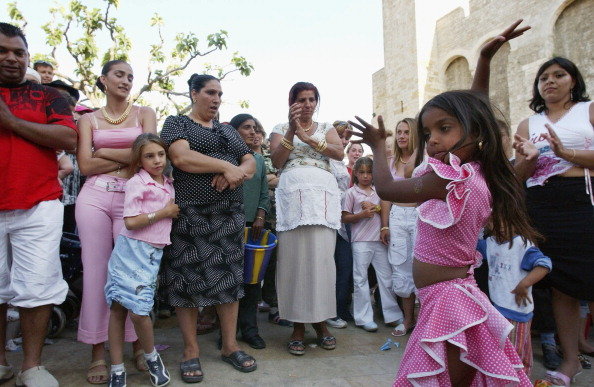 Camargue「Gypsies Celebrate The Procession To the Sea」:写真・画像(14)[壁紙.com]