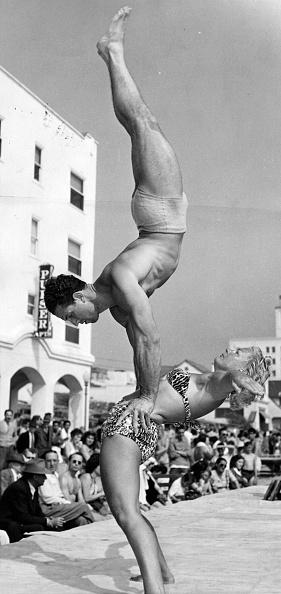 Gymnastics「Handstand」:写真・画像(16)[壁紙.com]