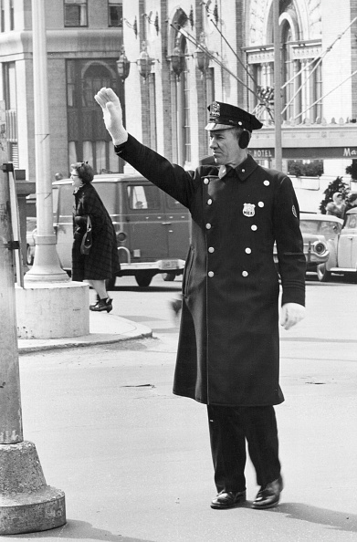 Responsibility「Traffic Cop」:写真・画像(18)[壁紙.com]