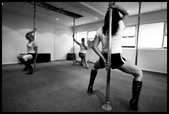 Pole「Poledancing For Fitness」:写真・画像(7)[壁紙.com]