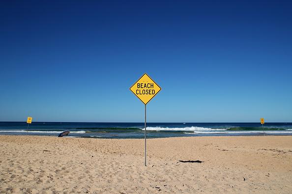 オーストラリア「Manly Beach Closed After Crowds Gathered Despite Social Distancing Rules」:写真・画像(2)[壁紙.com]