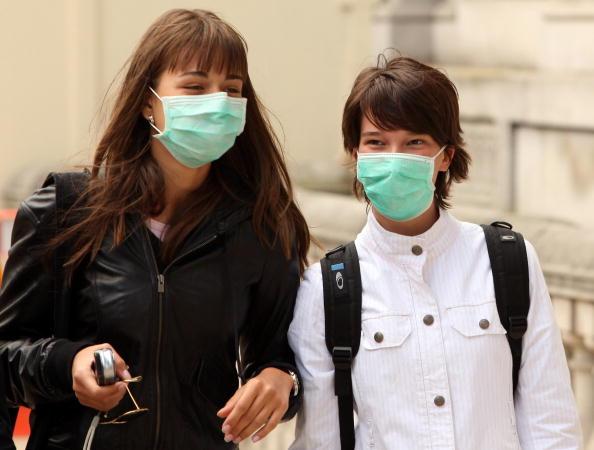 Illness「Concern Grows As Swine Flu Patient Numbers Increase Across The UK」:写真・画像(11)[壁紙.com]
