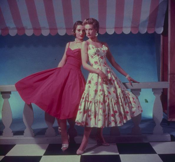 1950-1959「Floral Dresses」:写真・画像(0)[壁紙.com]