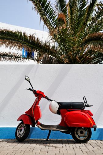 Stromboli Island「Red motor scooter by wall, Stromboli Island, Italy」:スマホ壁紙(7)